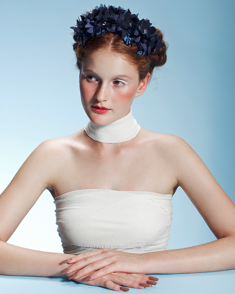 'Frida Azul' floral piece