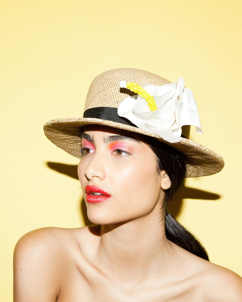 N°11 White 'Hibiscus Lei' hat