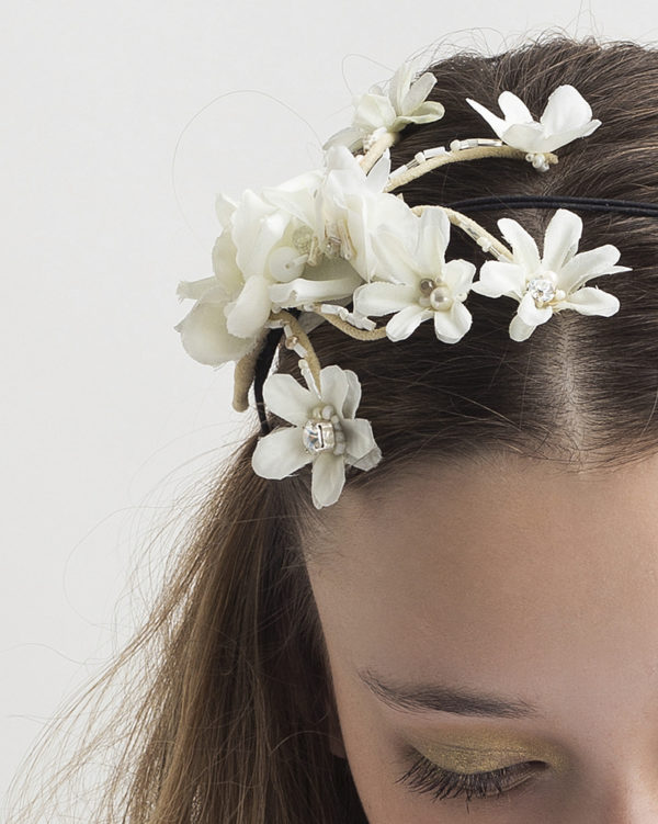 detail: 'Petite Flower Bunch' headpiece by Tami Bar-Lev