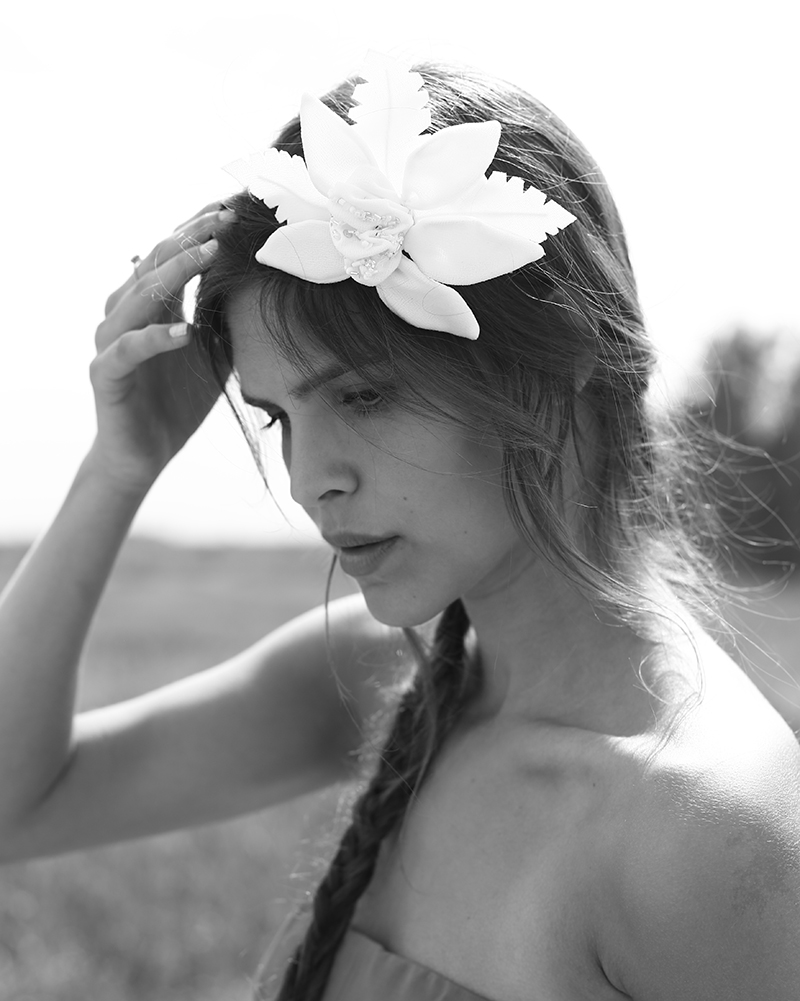 White LUXURY TIKI Flower headpiece by Tami Bar-Lev