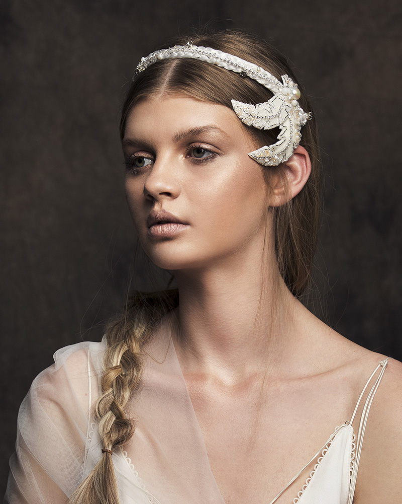 'ALULA' Feather bridal headpiece by Tami Bar-lev