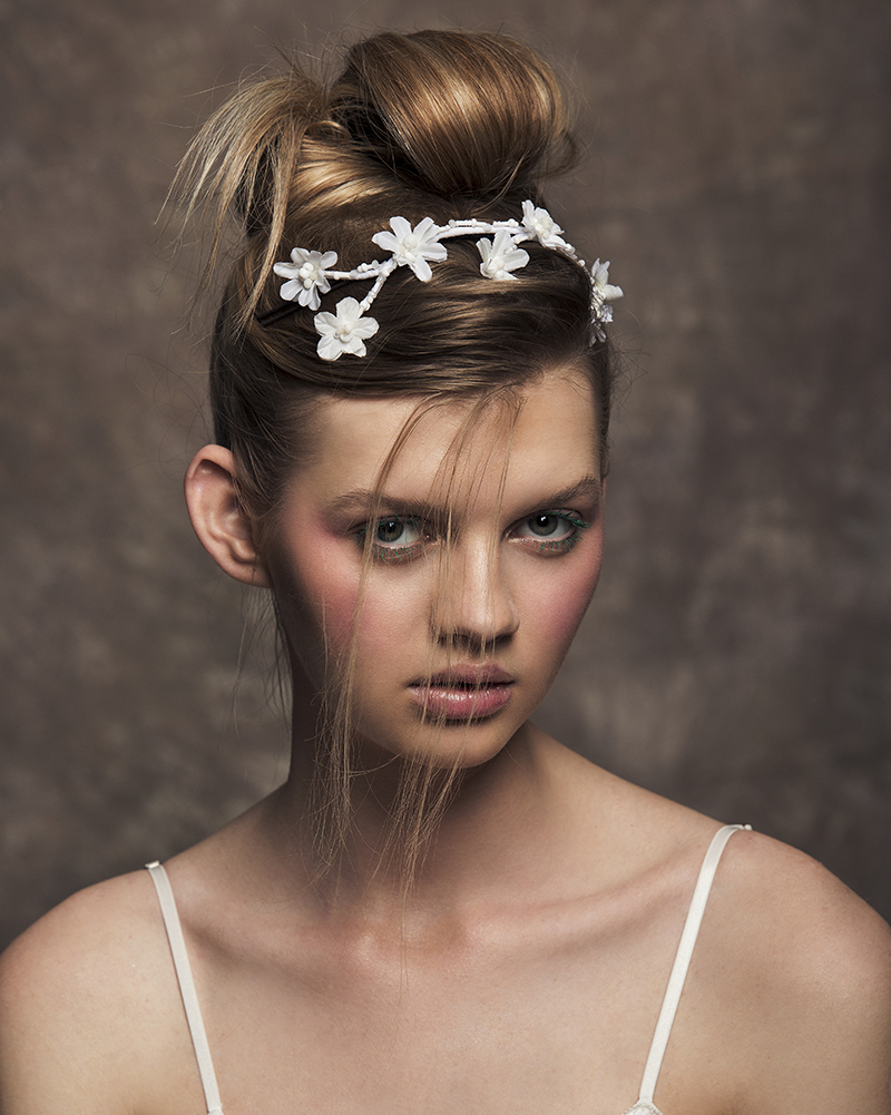 'Mini Teepee' bridal headpiece by Tami Bar-lev