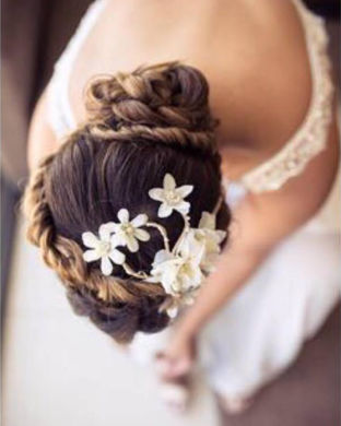 real wedding real bride- Flower Bridal Headpiece bridal headpiece by Tami Bar-lev